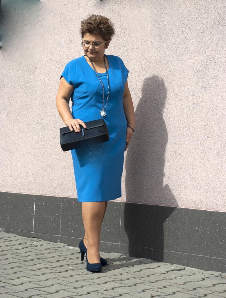 Elwira niebieska 4