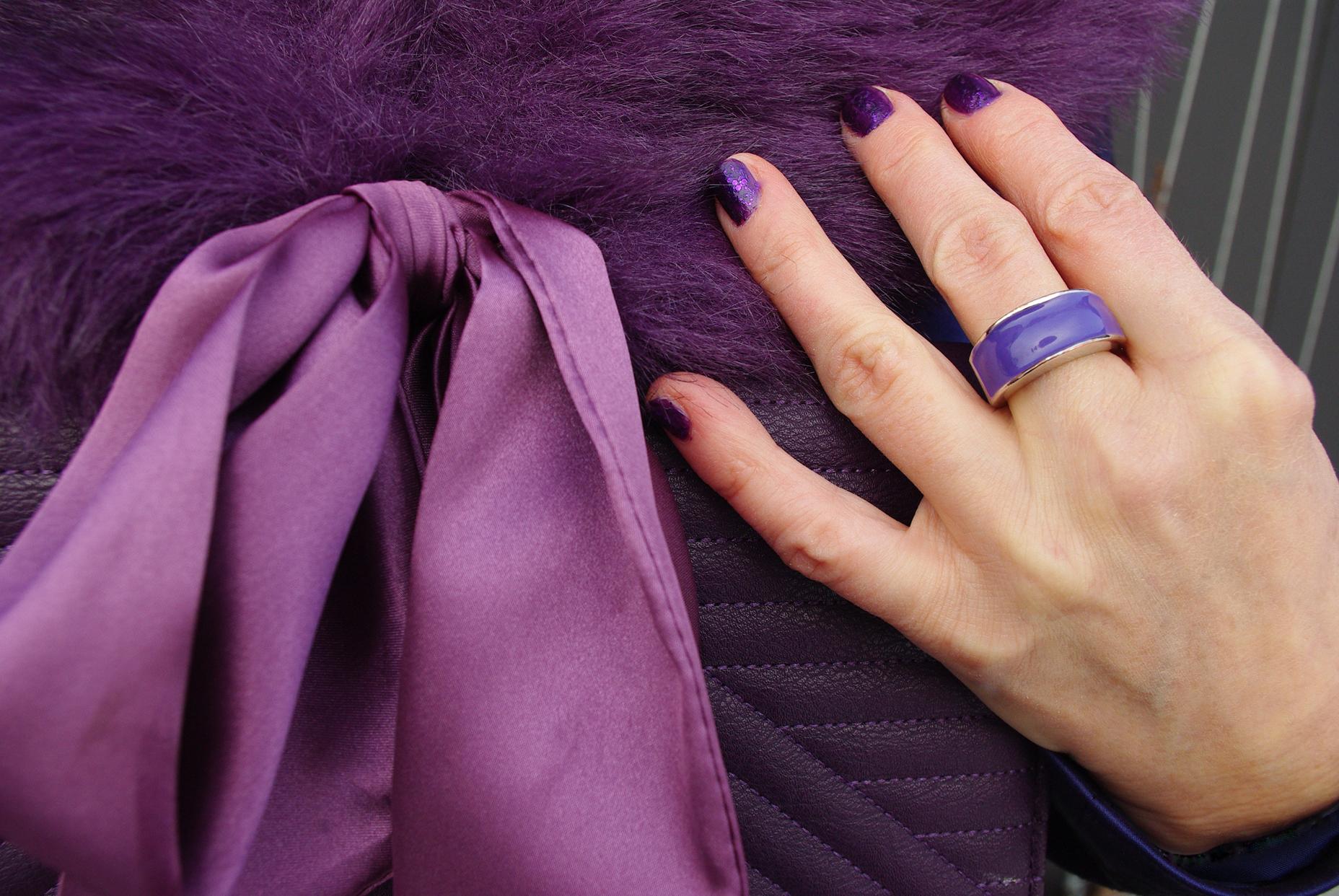 pierścionek kadrowany